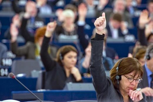 evroparlament-glasanje-520x345